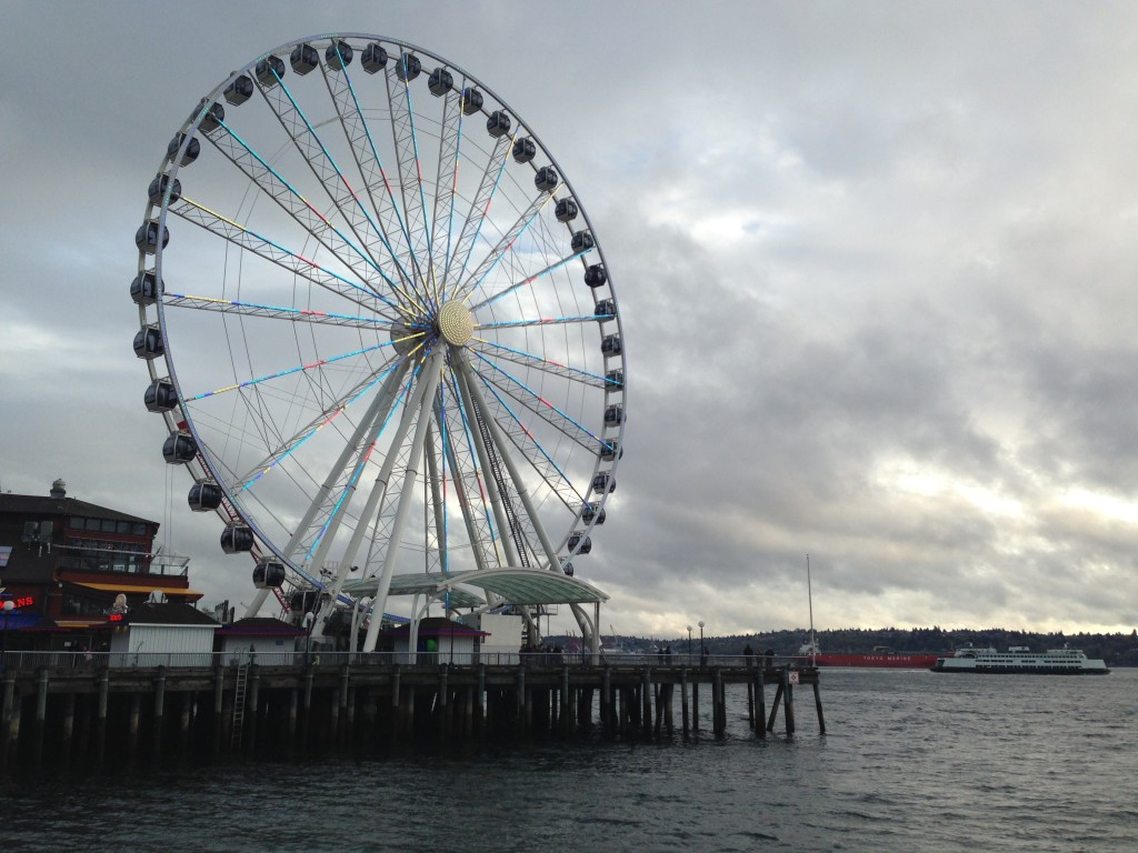 The Seattle Great Wheel on the waterfront.